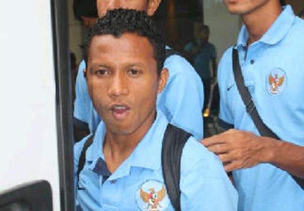 Hendra Bayauw Bingung Pilih Timnas Senior Atau U-23