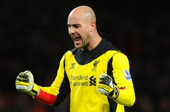 Liverpool goalkeeper Reina plays down move to 'great club' Barcelona