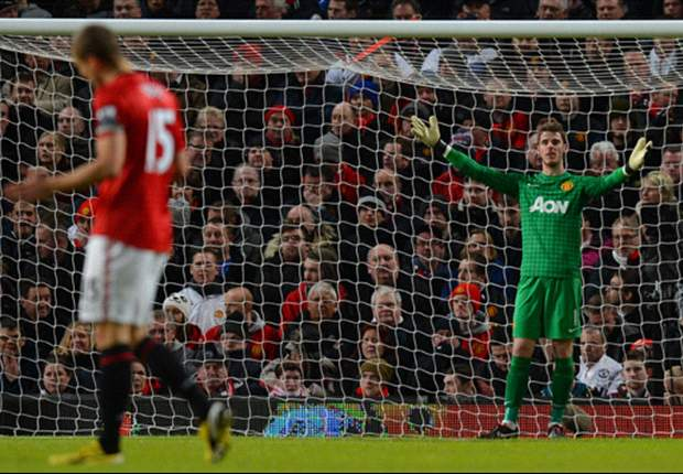 'The more games he plays, the better he will become' - Vidic defends underfire De Gea