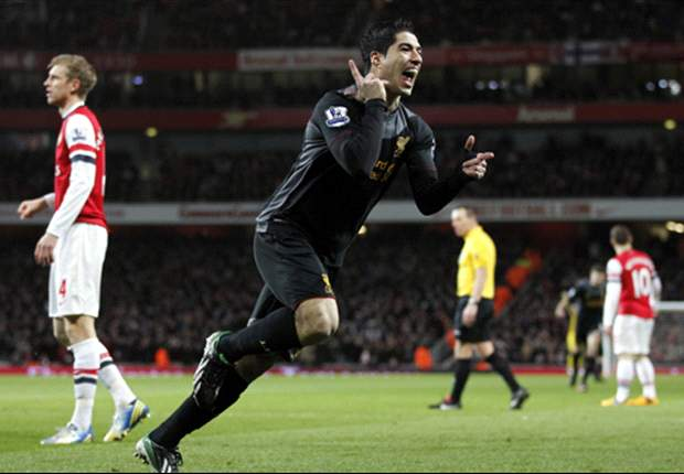 Liverpool star Suarez is a top player, admits Mancini