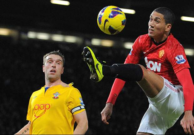 Smalling: Manchester United favourites to beat Arsenal