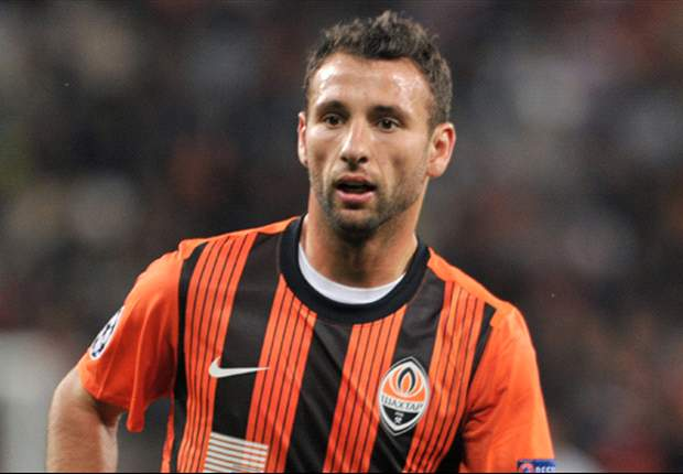 West Ham signs Razvan Rat from Shakhtar Donetsk