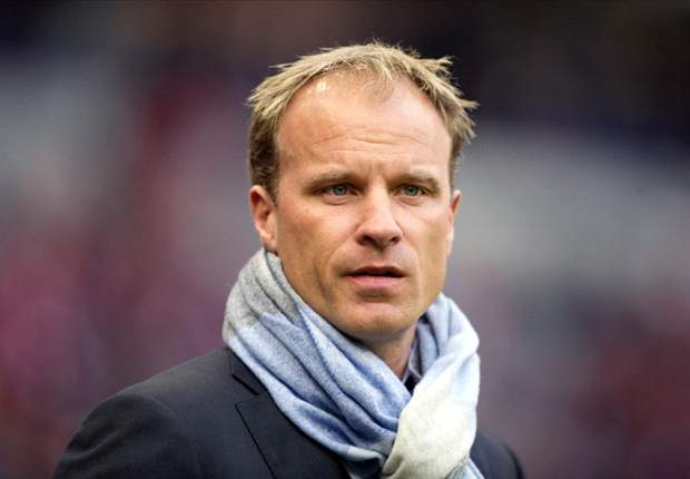 Bergkamp eyes Arsenal coaching role