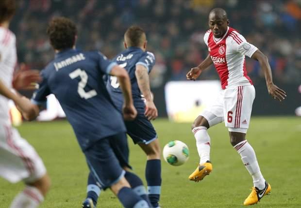 Eyong Enoh vindt het niet erg om bij Jong Ajax te spelen