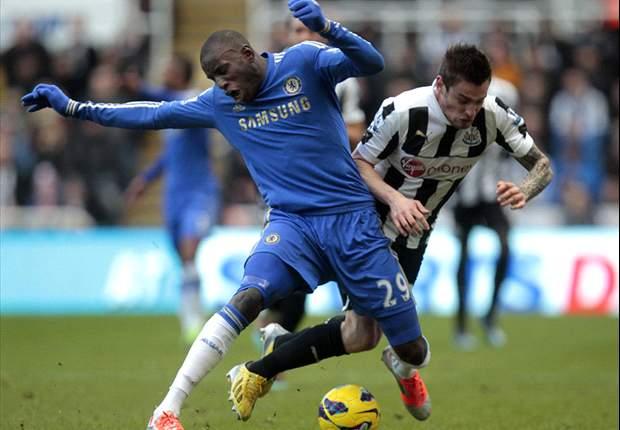 Demba Ba, breve y doloroso regreso a Newcastle con el Chelsea