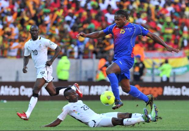 Harrison Afful goes for the ball against Cape Verde during the Afcon