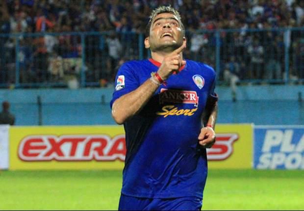 Cristian Gonzales masih menjadi salah satu striker papan atas Indonesia di usia kepala tiga