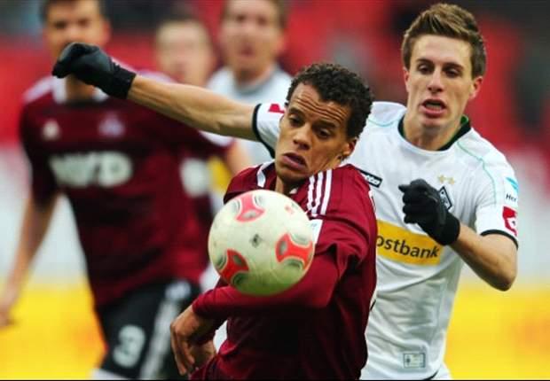 Nürnberg siegt gegen Gladbach: Pekhart und Simons treffen