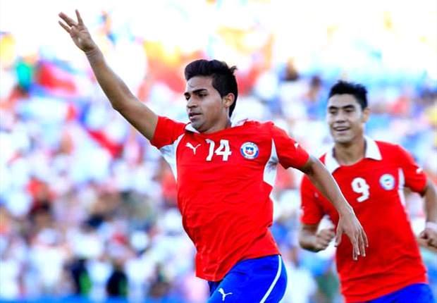 Chile sufrió pero el empate ante Perú lo metió en Turquía 2013
