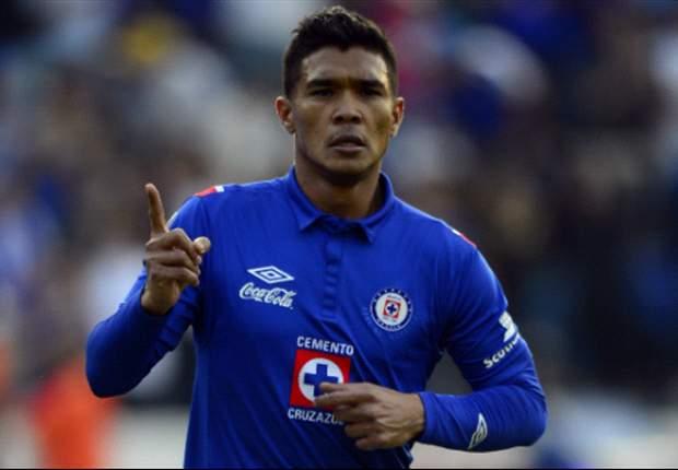 Teófilo Gutiérrez negó molestia por haber salido en el Cruz Azul vs. Pumas