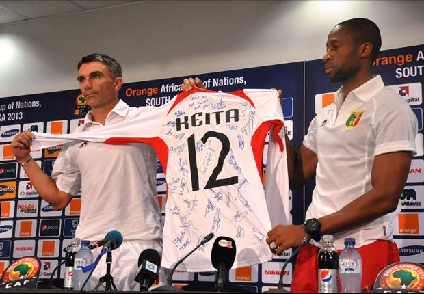 Mali team sends signed jersey to Nelson Mandela
