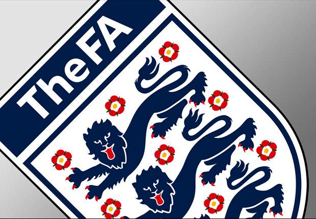 Nach rassistischen Gesängen englischer Anhänger könnte den Verband eine Strafe der FIFA treffen