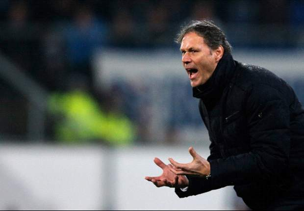 Marco Van Basten: PSV Akan Juarai Eredivisie