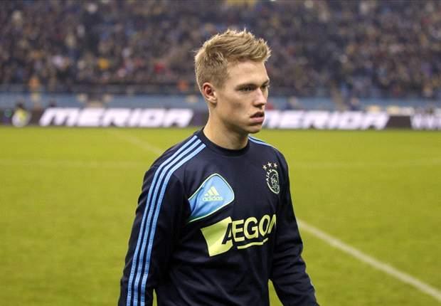 """De Boer: """"Fischer bij zijn shirt gepakt"""""""