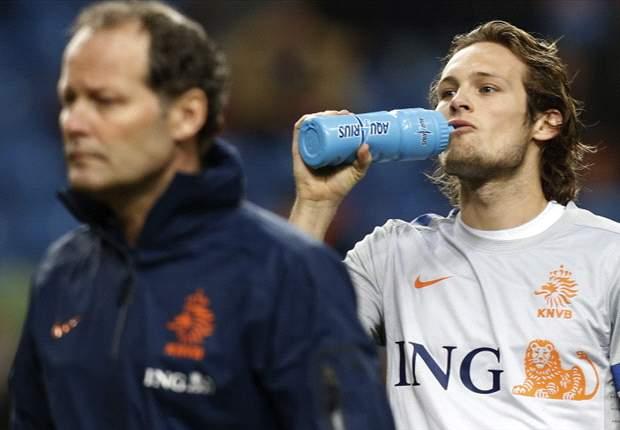 Ajax Siapkan Daley Blind Kontrak Baru