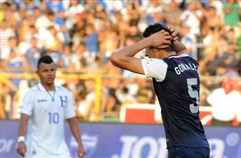 U.S. defenders struggle in 2-1 defeat in Honduras