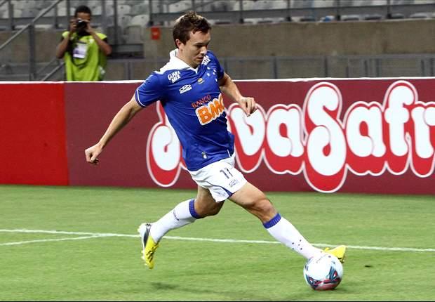 Cruzeiro 2x0 América-TO: Dagoberto volta a brilhar no Mineirão