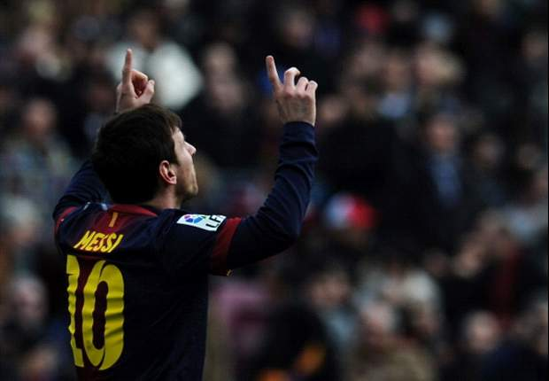 Messi scores 300th Barcelona goal