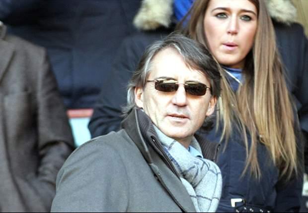 Mancini fala de interesse do City sobre Falcao García, Cavani e Suarez