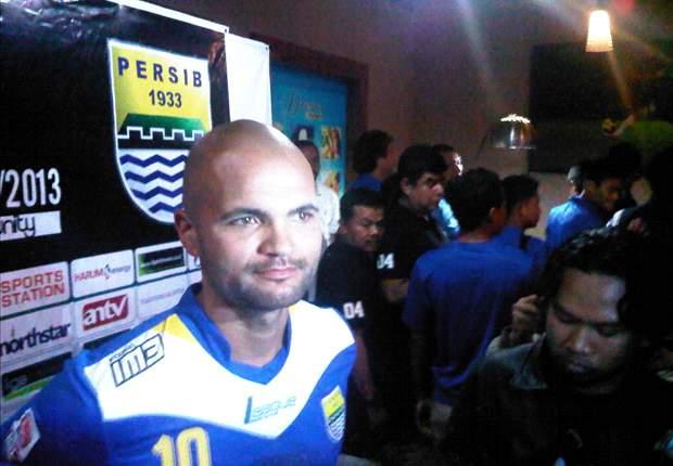 RESMI: Persib Bandung Ikat Sergio Van Dijk Dua Tahun