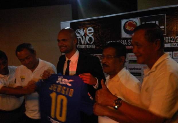 Sergio Van Dijk Datang, Persib Bandung Tak Ubah Skema