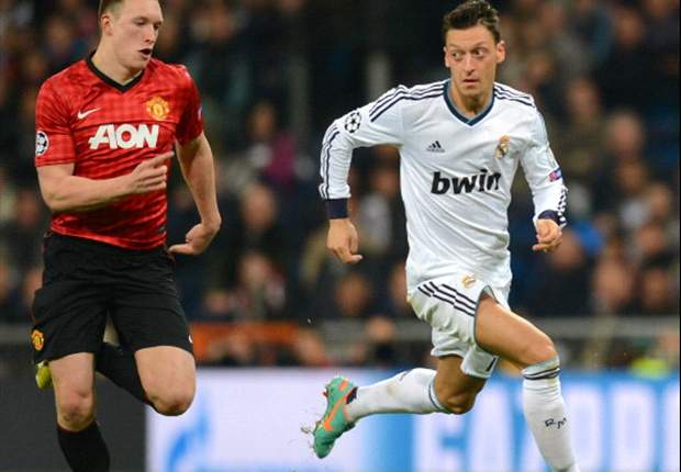 Question of the Day: Who should replace the injured Phil Jones in the Manchester United side to face Real Madrid?