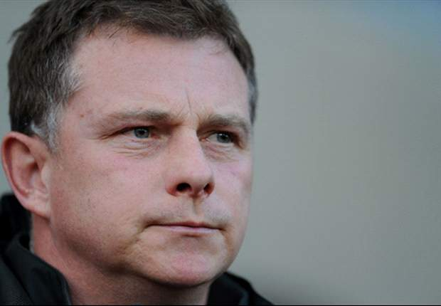 Huddersfield Town appoint Mark Robins as manager