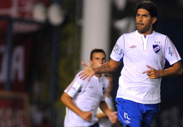 Álvaro Recoba y Sebastián Abreu no viajarán a Toluca