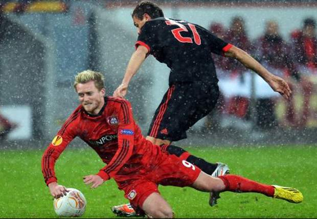 Benfica siegt in Leverkusen: Kadlec vergibt, Cardozo eiskalt