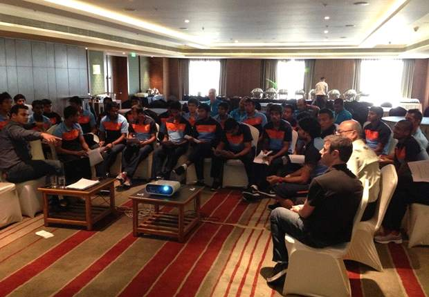 Indian national team players stand in favour of a Standard Contract with all clubs in the I-League