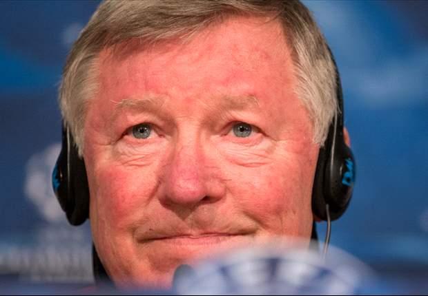 Ferguson confia em recuperação de Van Persie
