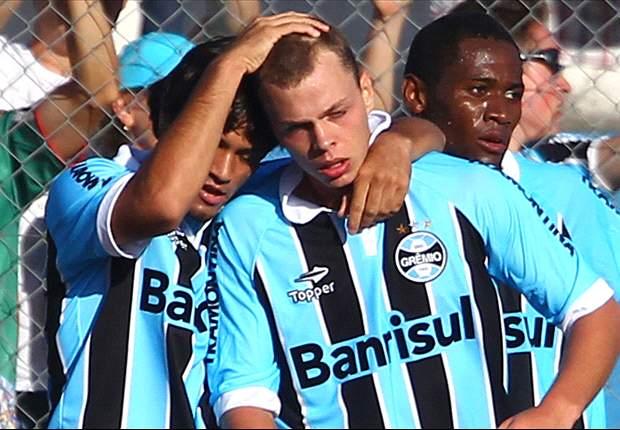 Grêmio renova com Lucas Coelho, jóia das categorias de base do clube