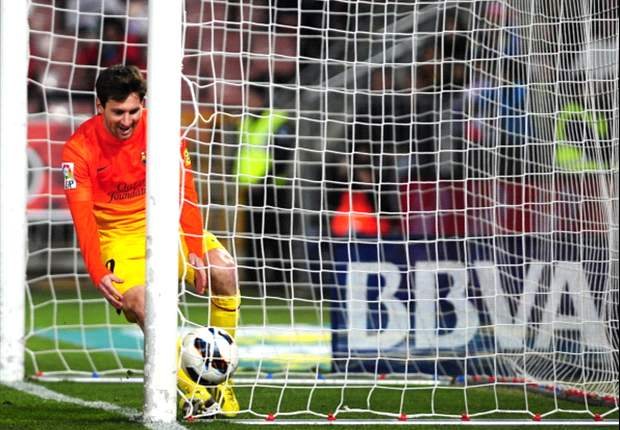 Granada 1-2 Barcelona: Magical Messi bails out Blaugrana