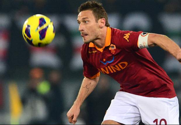 CORRIERE DELLO SPORT - Altro che processo per il caso Osvaldo, Totti rinnova fino al 2015! Il Milan prepara il gabbione per Messi