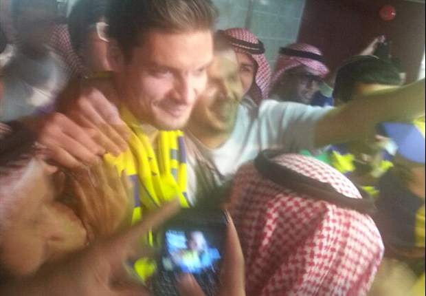 Charisteas beproeft geluk in Dubai