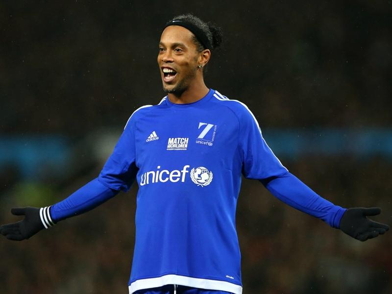 Ronaldinho, Robinho e os melhores jogadores sem clube do mercado