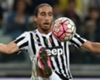 Difensore Inter, è assalto a Caceres