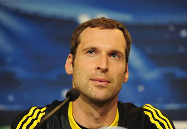 Chelsea goalkeeper Cech dismisses Arsenal link