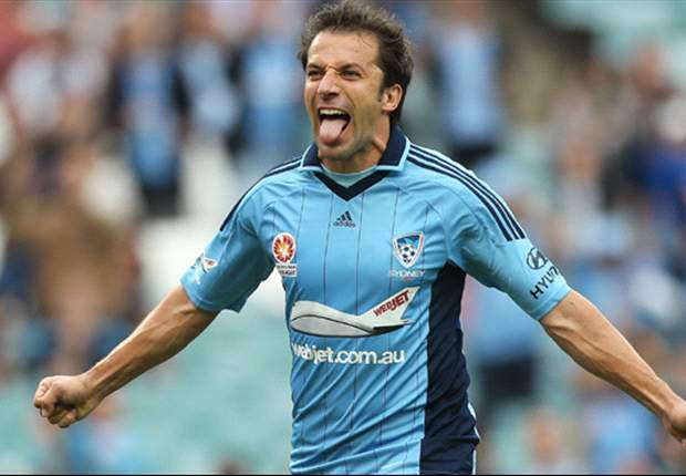 Del Piero seals Sydney FC stay