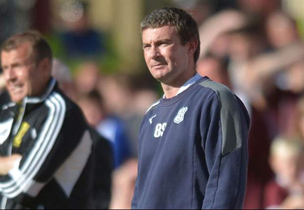 Dundee sack manager Barry Smith