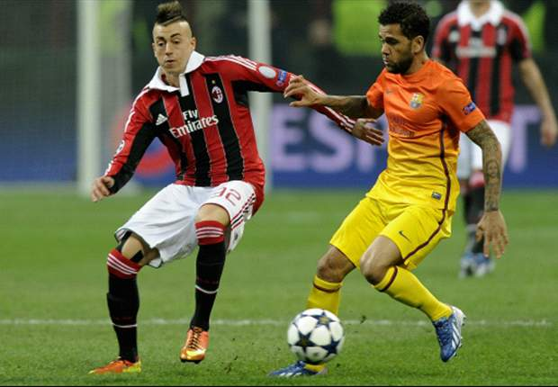 Barcelona must take risks against Milan, says Dani Alves