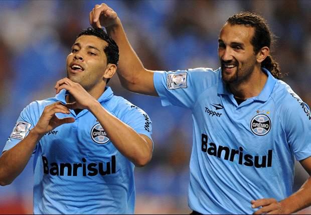 On-loan Arsenal left-back Santos scores for Gremio
