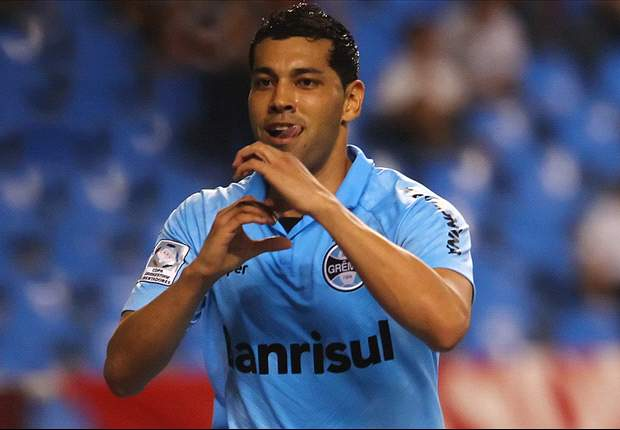 Andre Santos thrilled with Brazil call-up