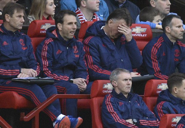 As Man Utd training is cancelled, how long does Van Gaal have left?