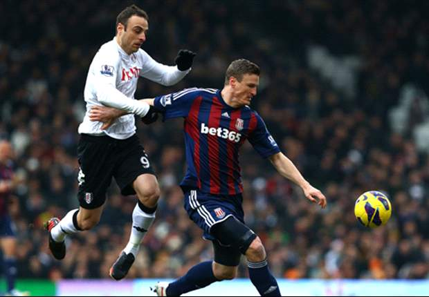Berbatov hails Fulham's performance against 'long-ball' Stoke