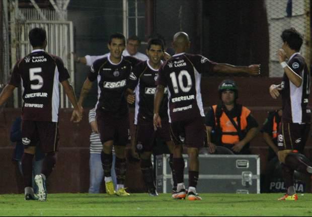 Lanús venció a Vélez y sigue bien arriba