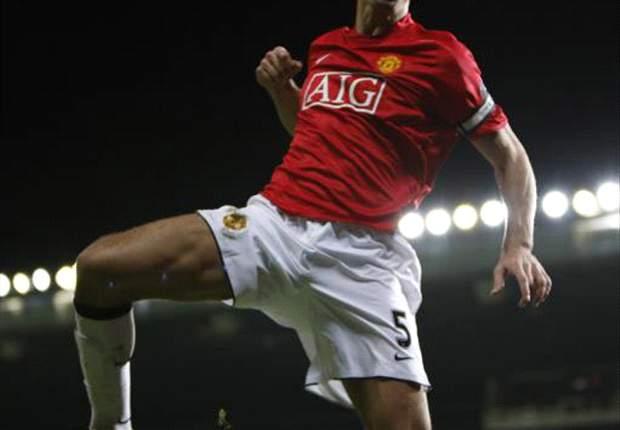 Sir Alex Ferguson Suggests Rio Ferdinand Will Start Champions League Final