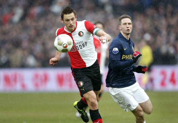 De Vrij signs Feyenoord extension until 2015