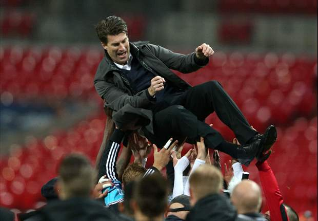 Laudrup cools Swansea exit talk but admits transfer frustration