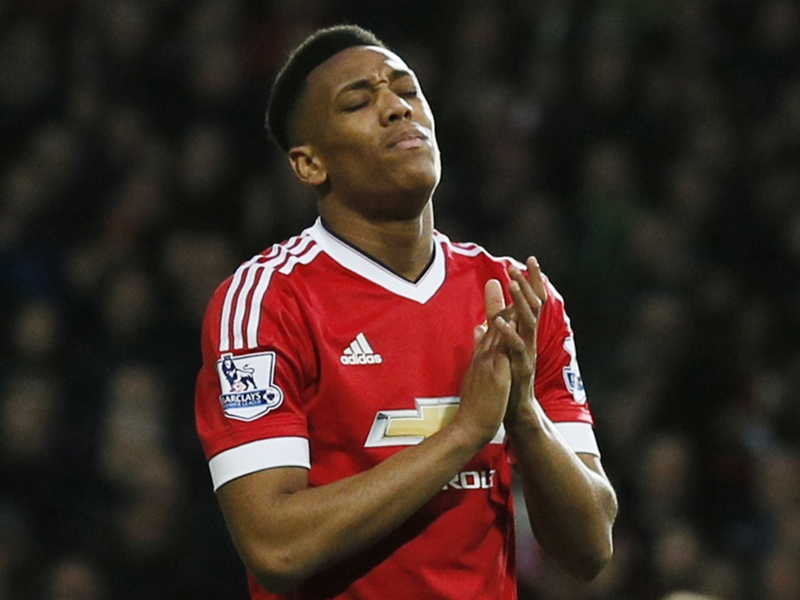 Michael Carrick: Anthony Martial Butuh Waktu